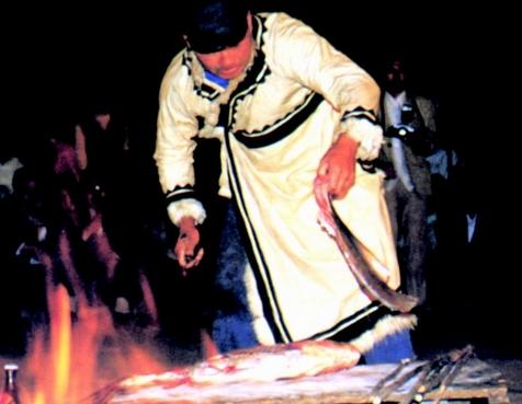 赫哲族的食俗:赫哲族少数民族饮食禁忌