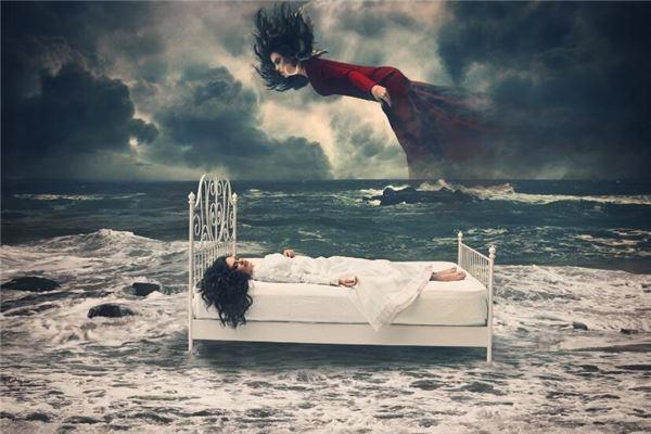 梦见自己被鬼附身是什么意思