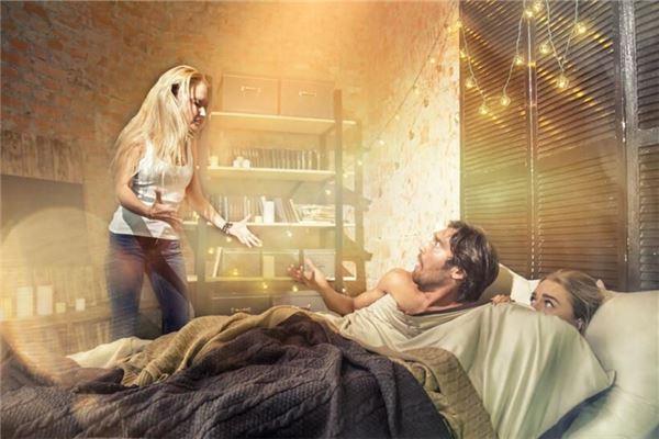 梦见被捉奸在床